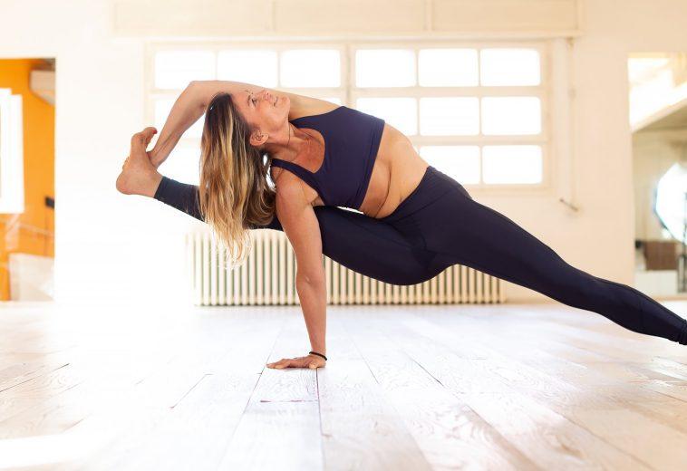 Fiona Greene e lo Yoga ad alte temperature: il benessere da Bologna arriva anche a casa